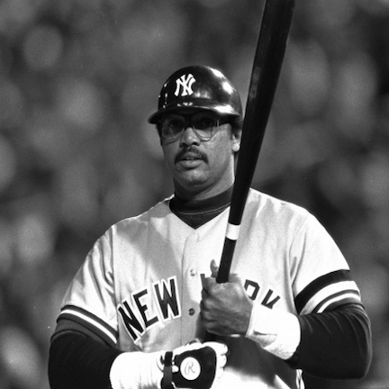 Reggie Jackson tied Babe Ruth with 3 homers in a world series game10/18/77