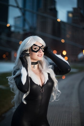 black-cat-cosplay-10