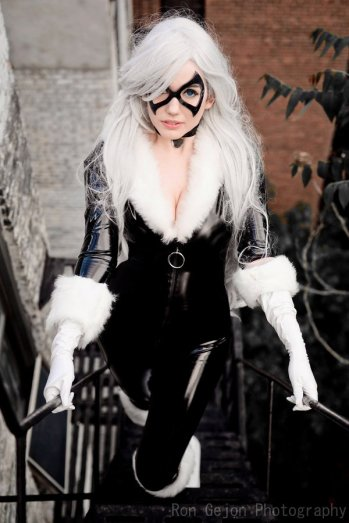 black-cat-cosplay-11