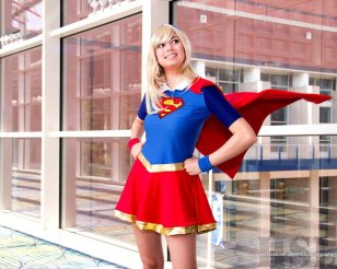 supergirl-cosplay-22