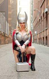 thors-goddess-of-thunder-cosplay-22
