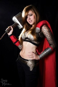thors-goddess-of-thunder-cosplay-5
