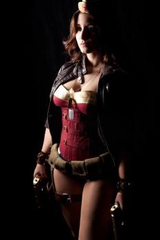 wonder-woman-cosplay-12