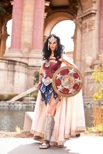 wonder-woman-cosplay-22