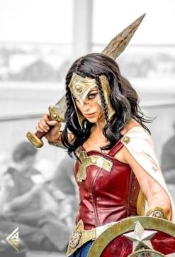 wonder-woman-cosplay-35