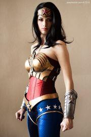 wonder-woman-cosplay-41