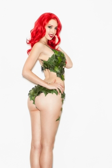 poison-ivy-cosplay-12