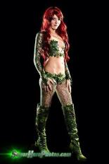 poison-ivy-cosplay-32