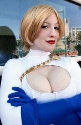 power-girl-cosplay-16