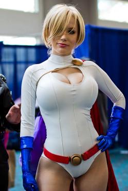 power-girl-cosplay-21