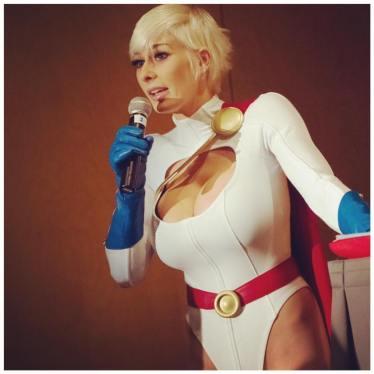 power-girl-cosplay-23