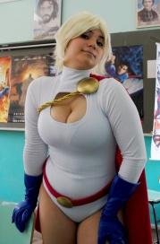 power-girl-cosplay-41