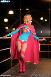 supergirl-cosplay-26