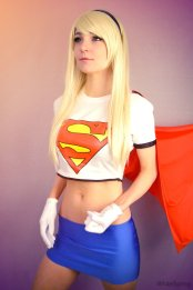 supergirl-cosplay-27
