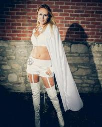 Emma Frost Cosplay 28