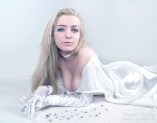 Emma Frost Cosplay 31