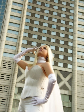 Emma Frost Cosplay 34