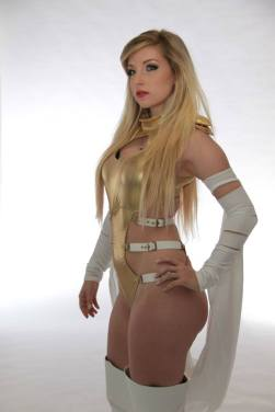 Emma Frost Cosplay 40
