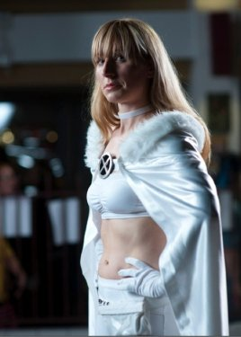 Emma Frost Cosplay 41