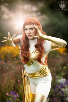 Jean Grey Cosplay 29