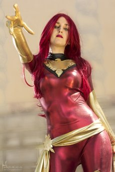 Jean Grey Cosplay 30