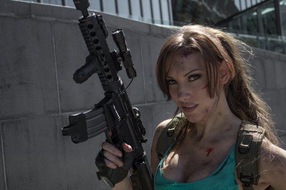 Lara Croft Cosplay 1