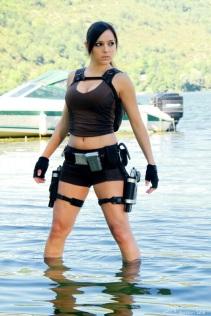 Lara Croft Cosplay 17