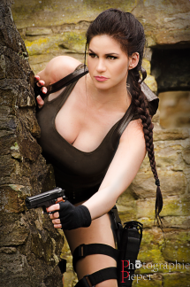 Lara Croft Cosplay 26