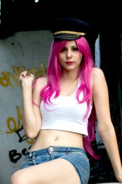 Poison Cosplay 32