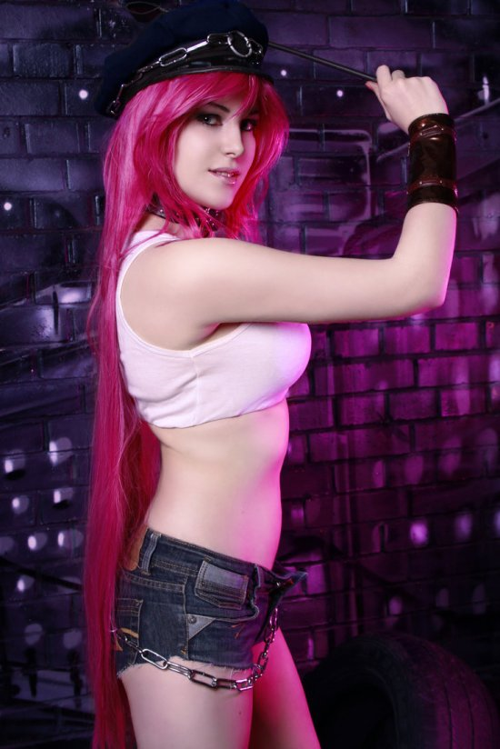 Poison Cosplay 49