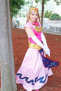 Princess Zelda Cosplay 23