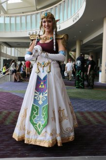 Princess Zelda Cosplay 28