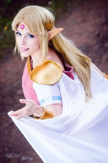 Princess Zelda Cosplay 44