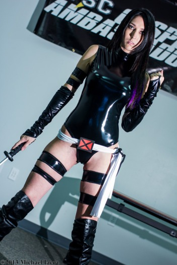 Psylocke Cosplay 33