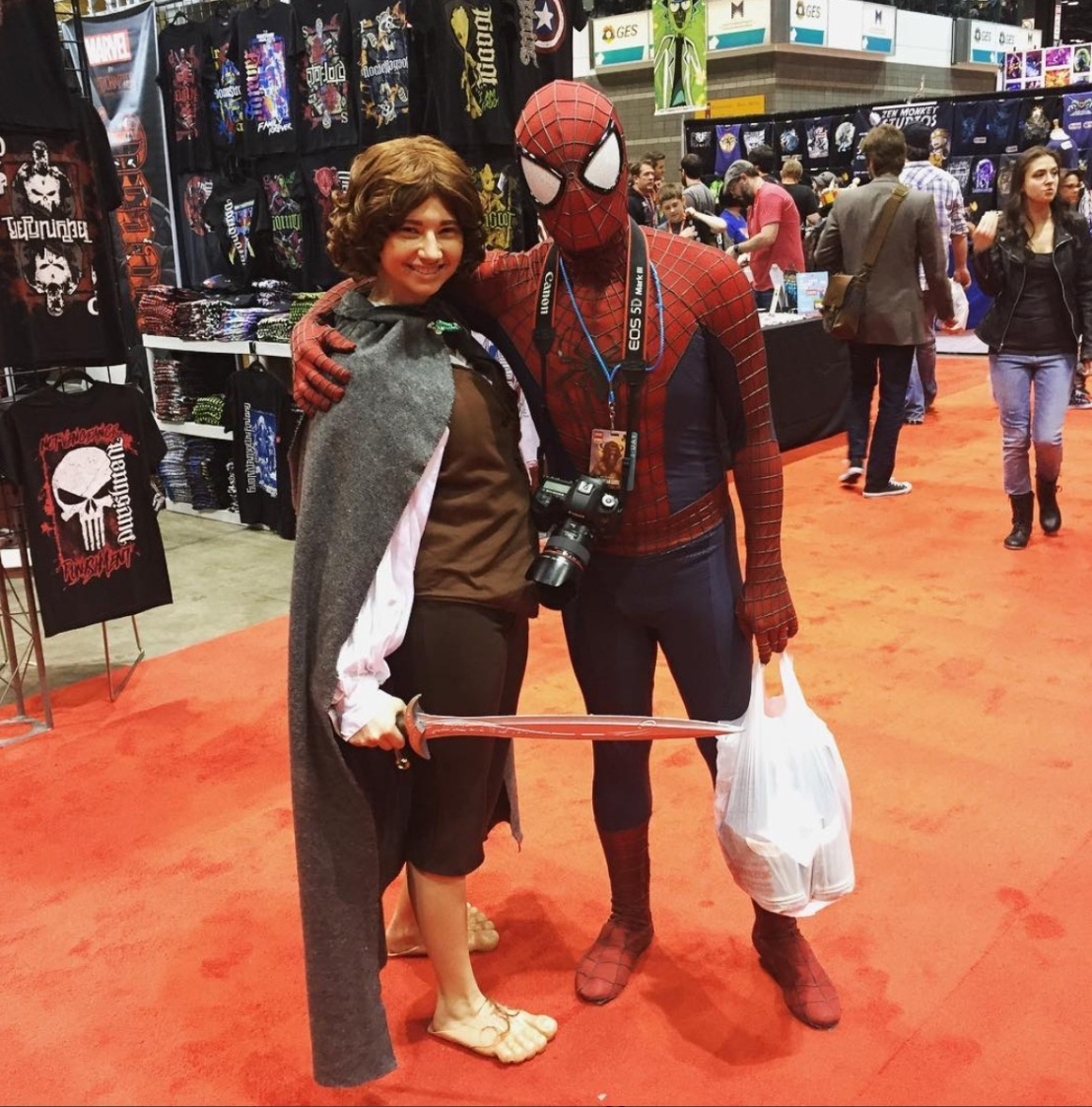 C2E2 2017 Cosplay - Frodo | Spider-Man