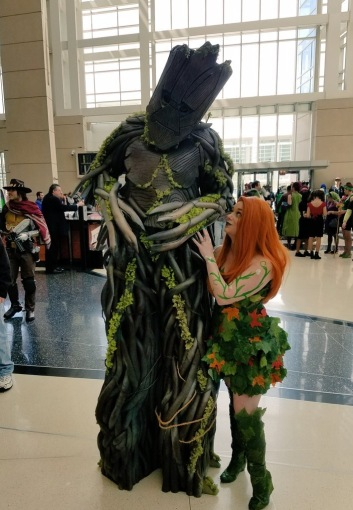 C2E2 2017 Cosplay - Poison Ivy | Groot