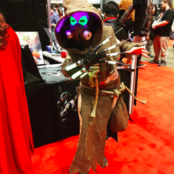 C2E2 2017 Cosplay - Scarecrow.png