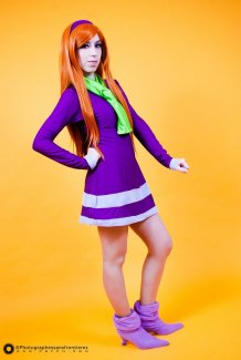 Daphne Cosplay 14