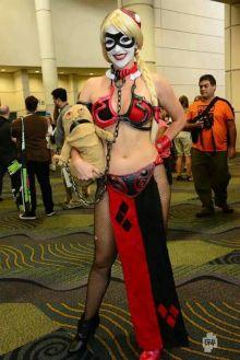 Harley Quinn Leia Cosplay 1