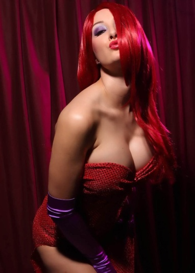Jessica Rabbit Cosplay 15