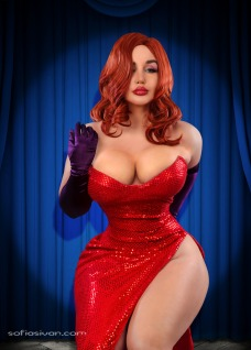 Jessica Rabbit Cosplay 23