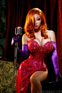 Jessica Rabbit Cosplay 3