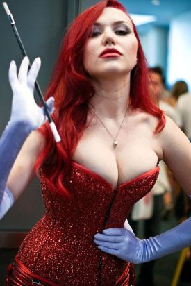Jessica Rabbit Cosplay 38