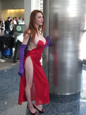 Jessica Rabbit Cosplay 45