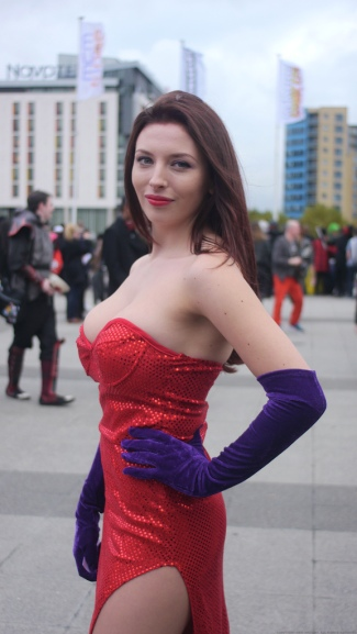 Jessica Rabbit Cosplay 50