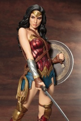 Kotobukiya Wonder Woman 8