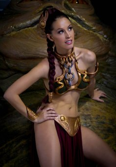 Slave Leia Cosplay 11