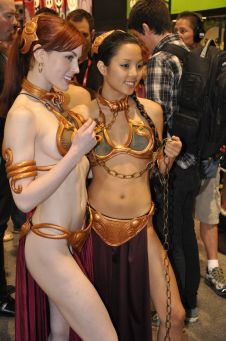 Slave Leia Cosplay 14