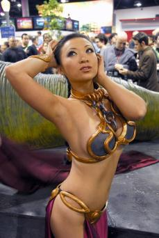 Slave Leia Cosplay 15