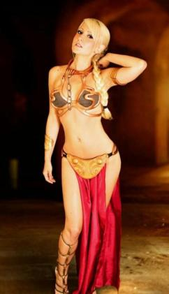 Slave Leia Cosplay 26